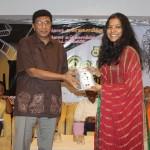 டாக்டர் மா சண்முகசிவா & லீனா மணிமேகலை
